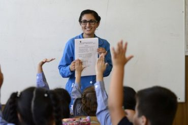Postergan hasta 2027 cambio que divide la educación escolar en 6 años de básica y 6 de media